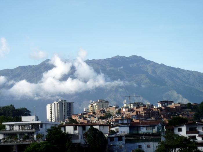 Las Minas desde Lomas de la Trinidad, Caracas (sábado 19 de junio de 2010) (2)